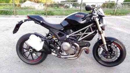 杜卡迪 Ducati Monster 1100 Evo 摩托车