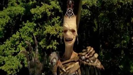 《亚瑟和他的迷你王国3》亚瑟激战巨型坏蛋 保护迷你王国