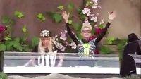 NERVO-好酷的两位美女DJ嗨爆全场-比利时电音嘉年华 2013