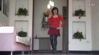 点击观看《北定州西建阳广场舞 主要看气质 编舞:凤凰六哥 演唱:魏菲儿》