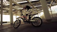 視頻: KTM Freeride E Electric Offroad Bike#自由騎行山地車