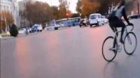 視頻: 東臺超漂亮死飛妹子刷街