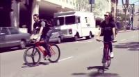 視頻: 死飛五刀刷街視頻漂亮妹子刷街